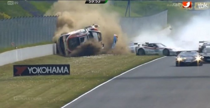 Huge Crash at Start of 2014 ADAC GT Masters at Oschersleben