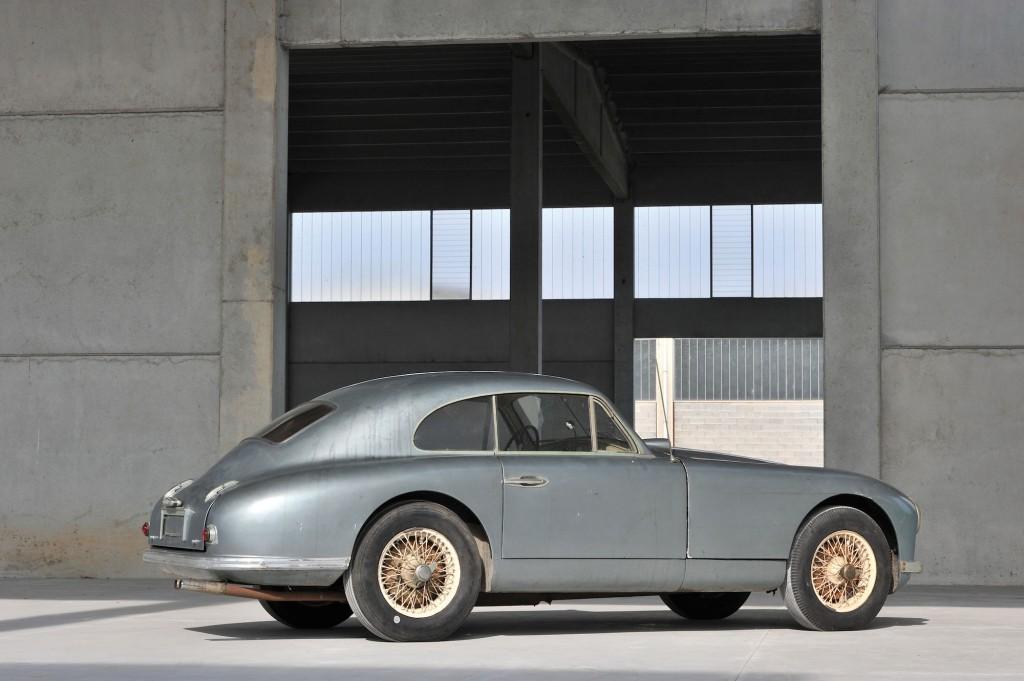 Aston-Martin-DB2-1