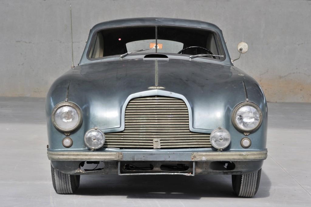 Aston-Martin-DB2-7