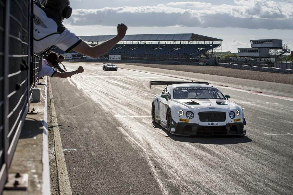 Bentley_GT3_Silverstone_012