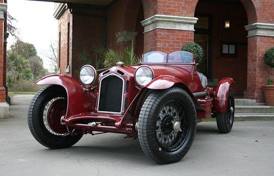 Vintage racing pre war Alfa Romeo