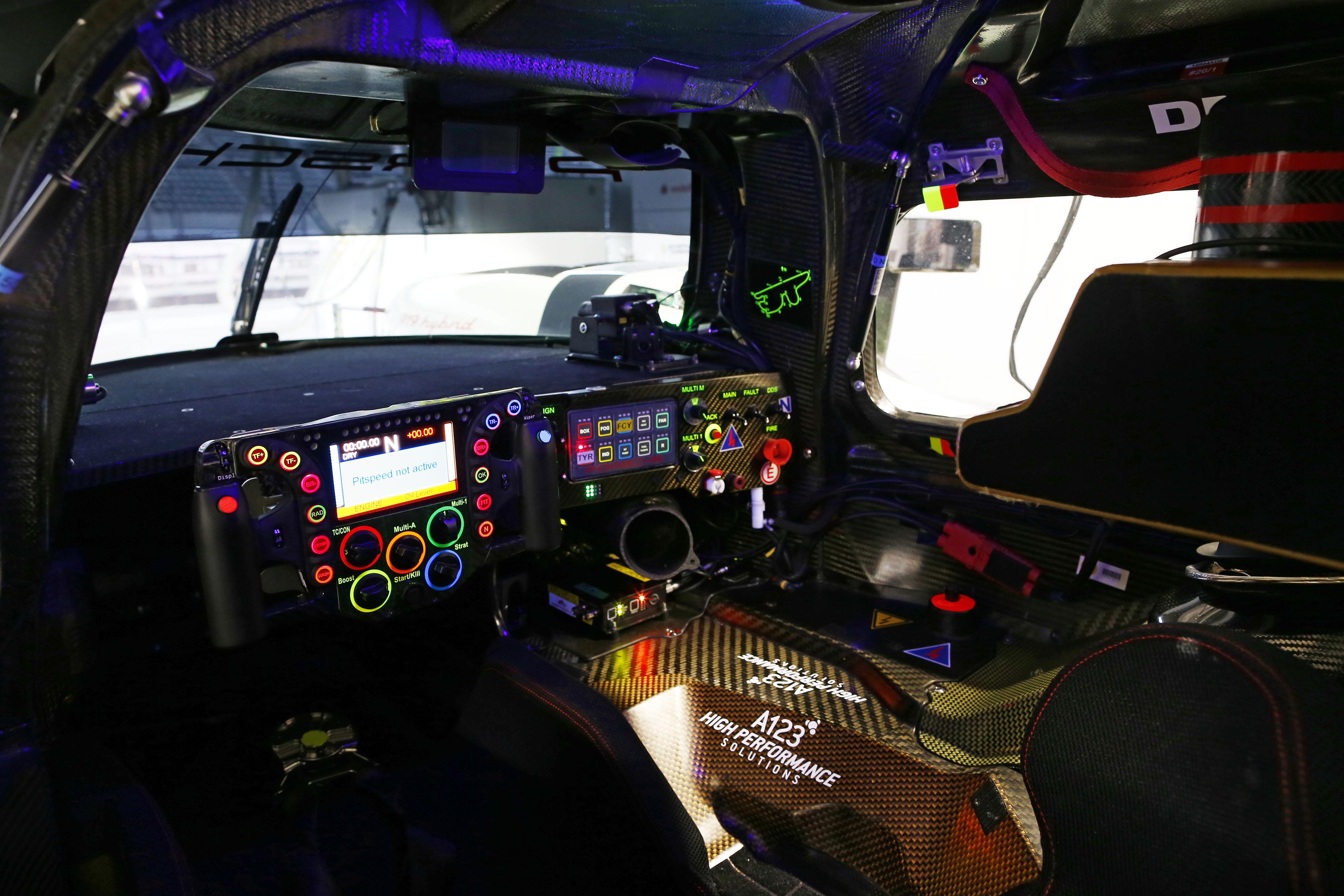 Lmp1 Technology Porsche 919 Hybrid Steering Wheel