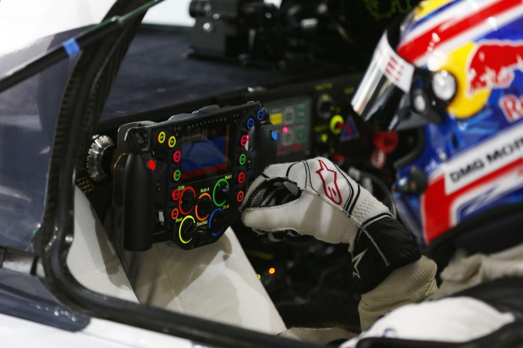 Lenkrad Porsche 919 Hybrid, Porsche Team: Mark Webber