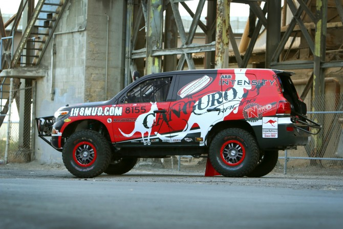 Canguro Racing: Baja 1000 in a Toyota Land Cruiser
