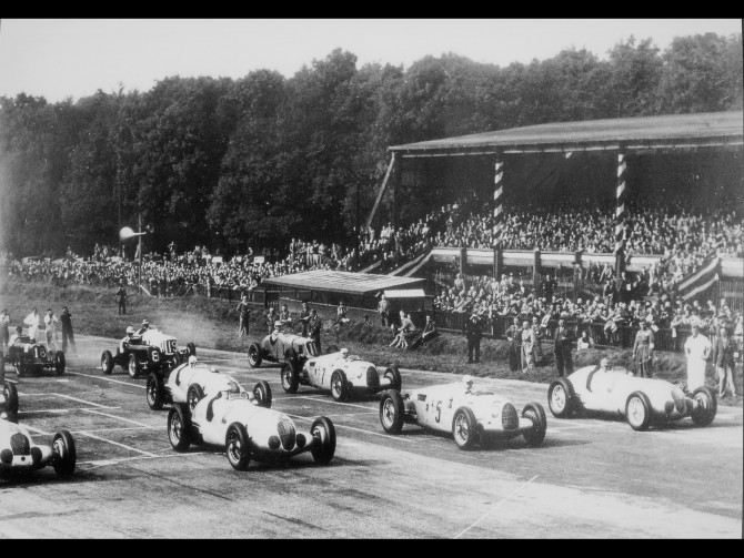 Supercharged Grand Prix Cars 1924-1939