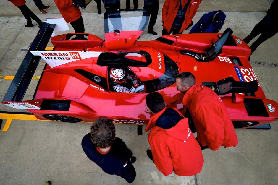 Nissan GT-R LM NISMO pre-season testing 6