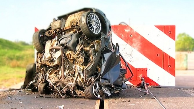 Crash at 120mph and You Will Die!