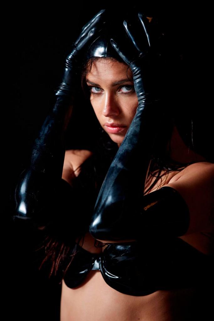 pirelli-calendar-erotic-photography-1