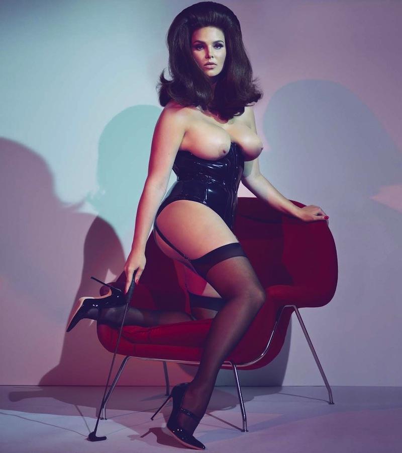 pirelli-calendar-erotic-photography-4