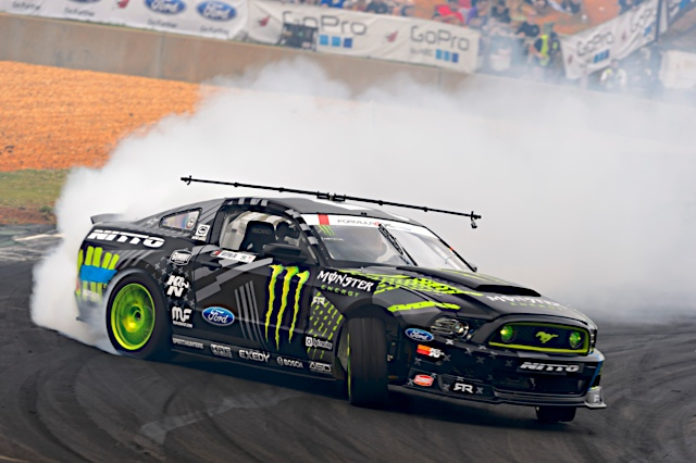 Mustang Meltdown | Vaughn Gittin Jr. Shows off his 2015 Livery on a 2015 Mustang RTR