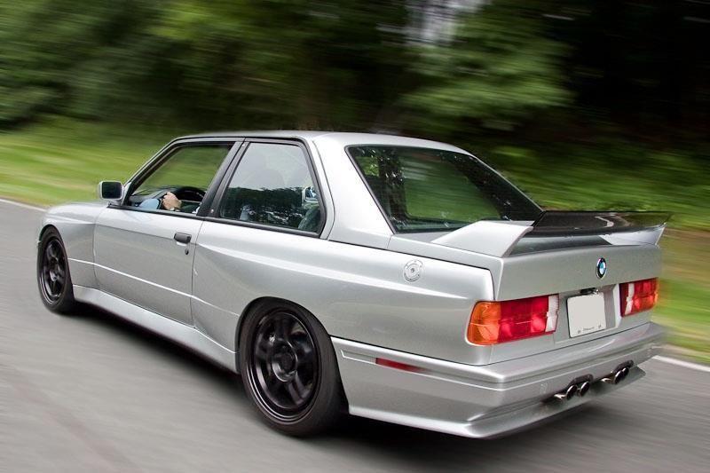 E30 M3 rolling