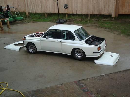 BMW 2002 hood off