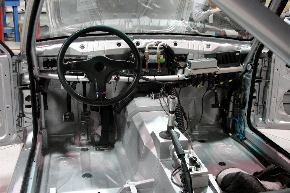 E30 M3 build interior 3
