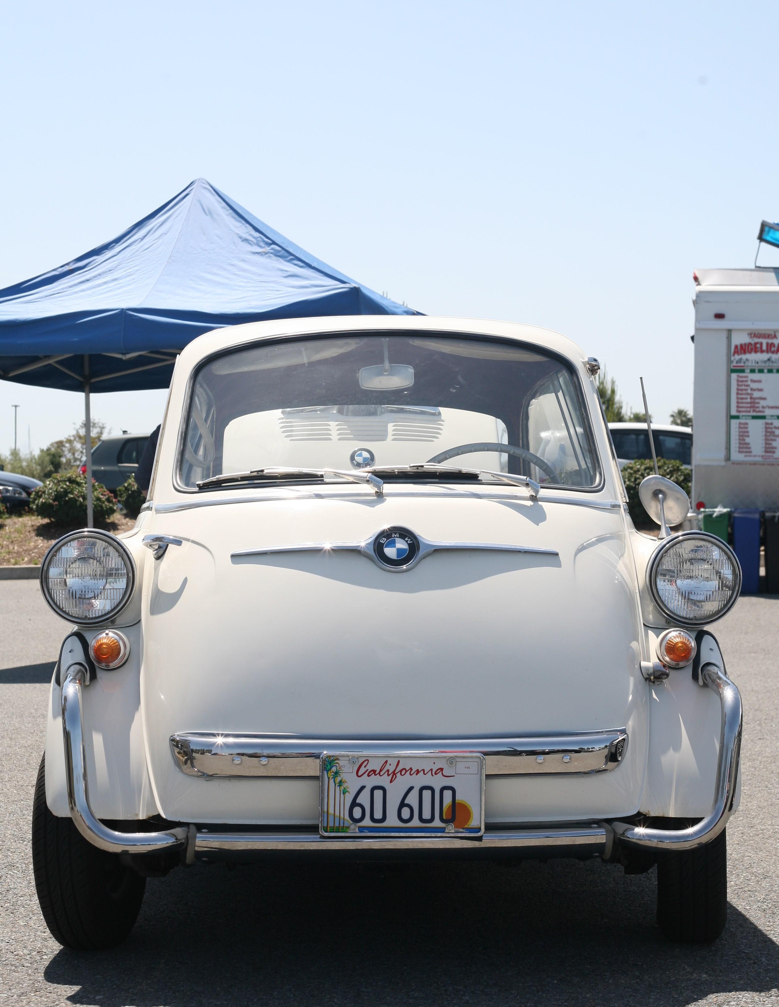 Bay Area 02 Vintage BMW Show – Build Race Party