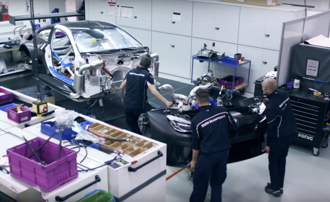 BMW M6 GT3: A Quick Video Look At The Build