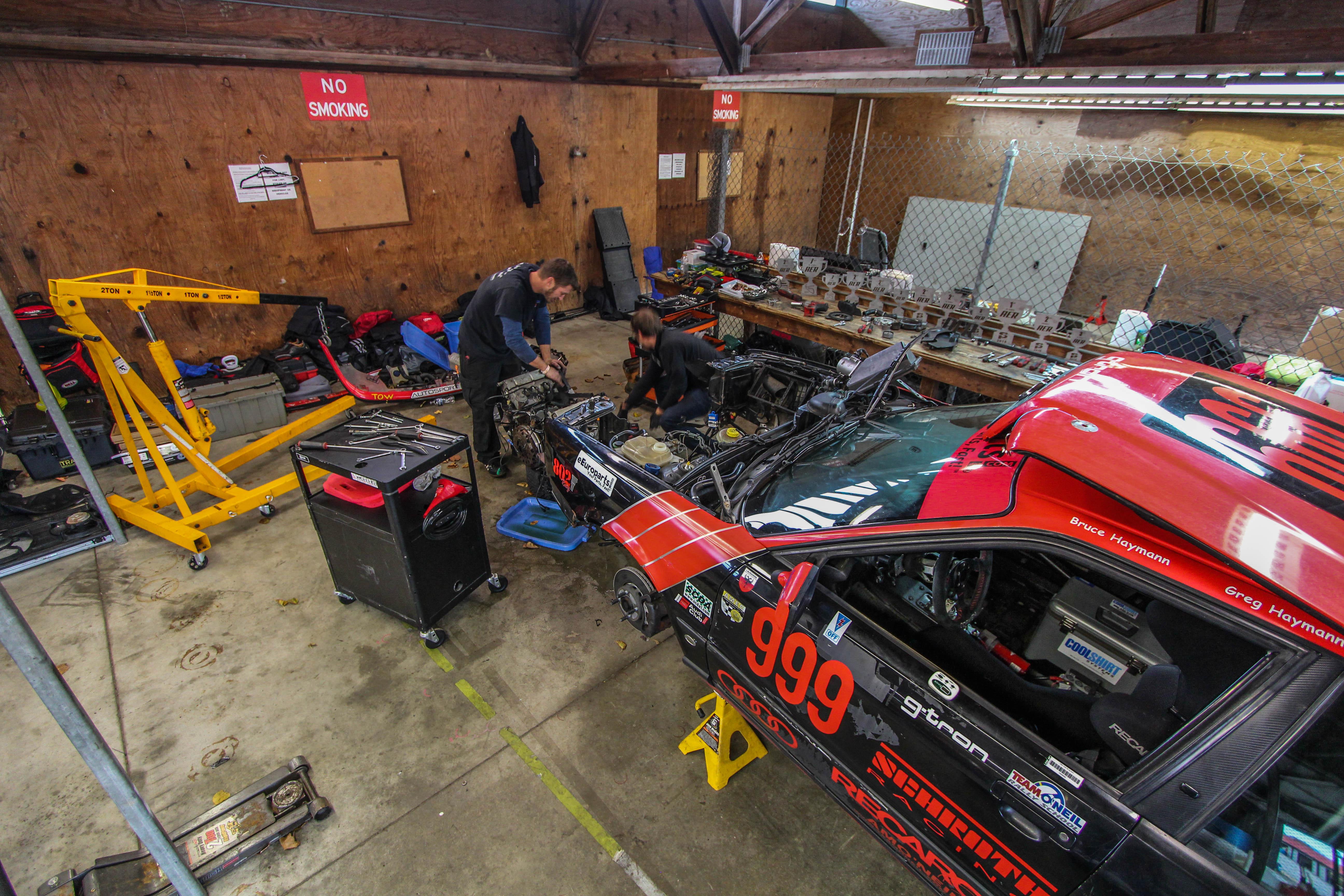 American Endurance Racing >> American Endurance Racing Build Race Party