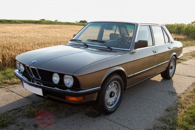 BMW E28 + V8-Power = Ultimate Sleeper?