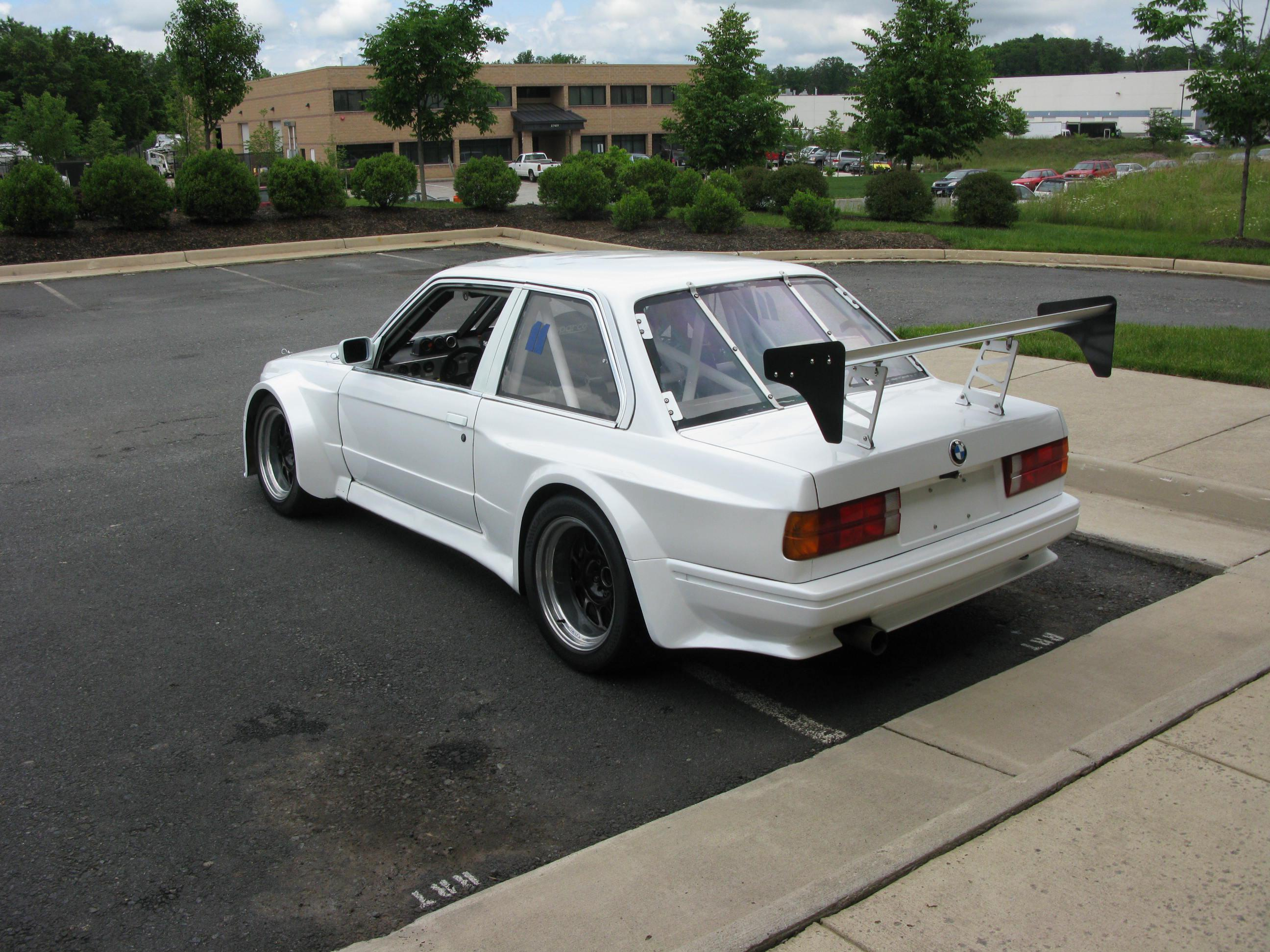 1987_bmw_e30_widebody-1452711377-14-e