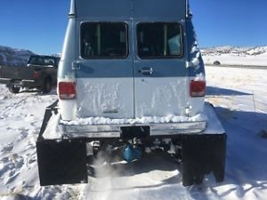 snow cat van